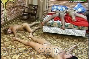 deadly lesbian orgy - too many victims pic1