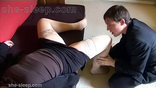Dude chokes out his bitch boss and fondles her limp body